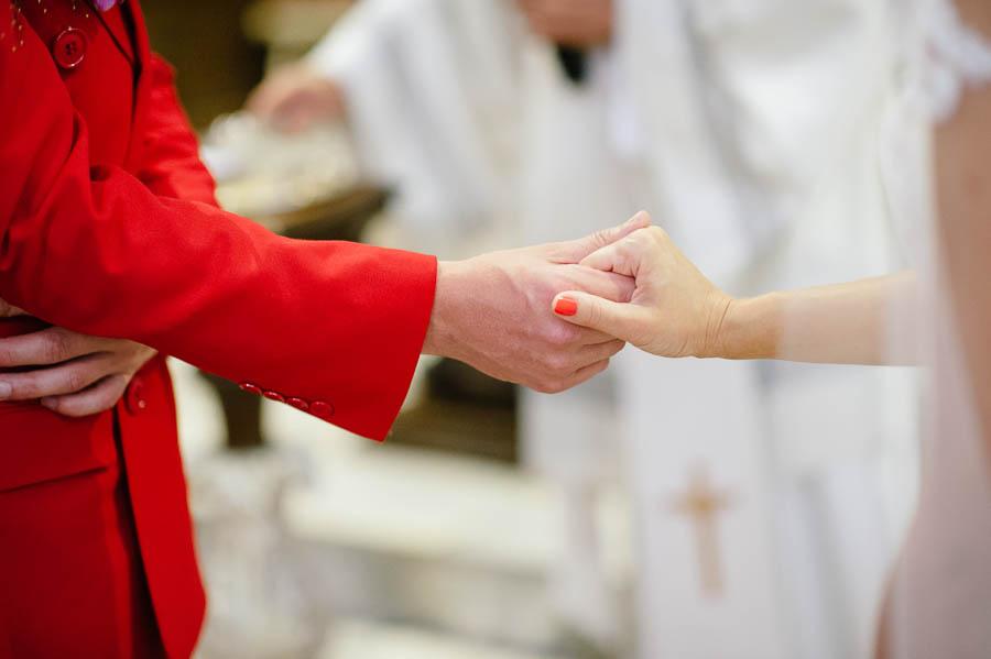 czerwony garnitur ślub